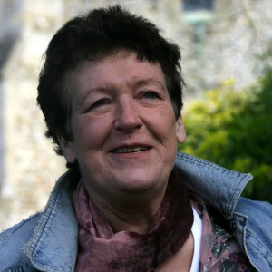 Ruth-Wade-author-photo